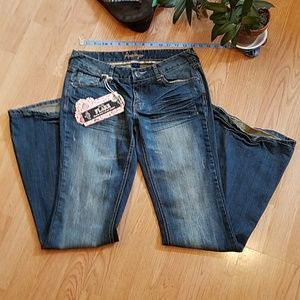 Amethyst Low Rise Flare Jean's NWT Size 7